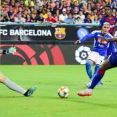 Busquet, Rakitic scores as Barcelona beats Napoli in a three goal Action